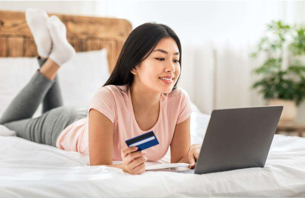 6 Tips for Your First Credit Card